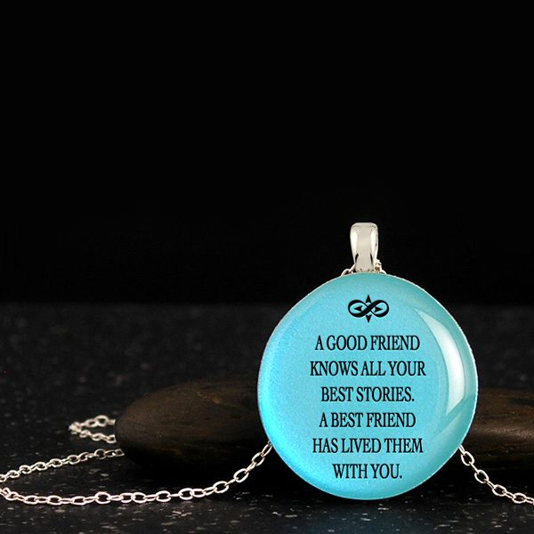 Necklaces for best friends, awesome gifts with quote, compass and infinity silhouette. Gift ideas for best friends birthday.